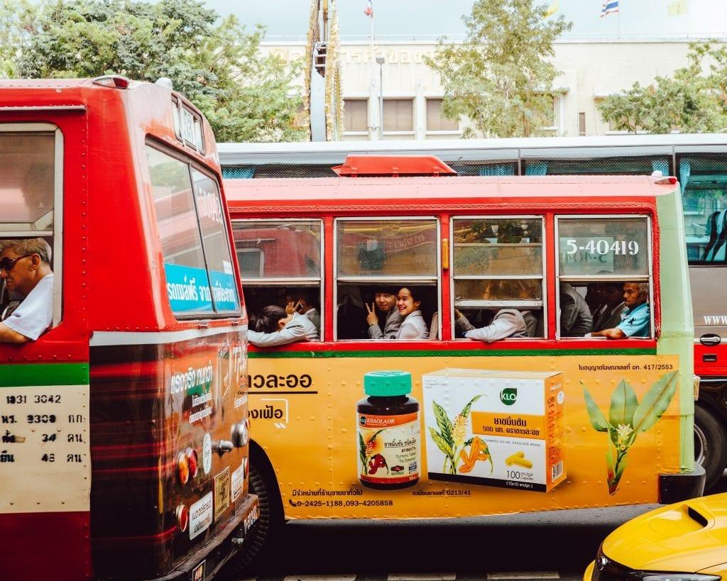 Reizen met de bus door Thailand