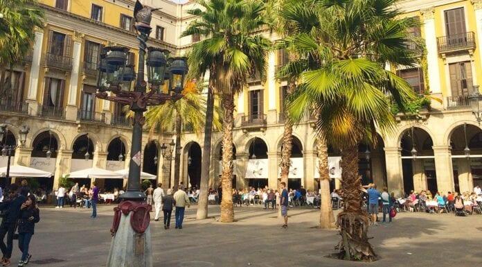 Plaza Reial bij de Ramblas Barcolan