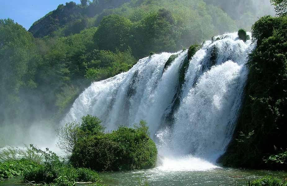 De watervallen van Marmore in Umbrie