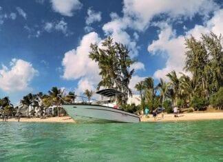 Tropisch strand op Mauritius