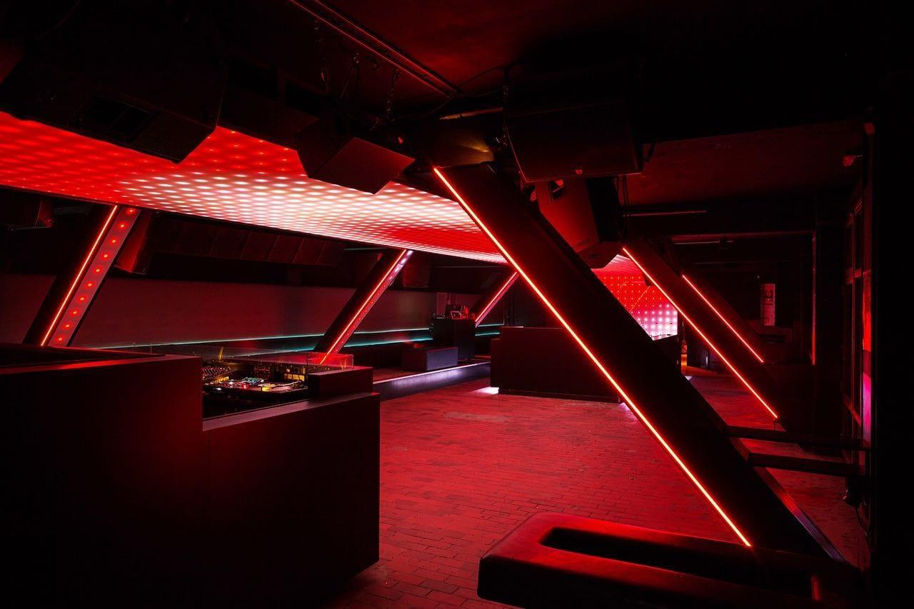 Interieur van club Watergate in Berlijn