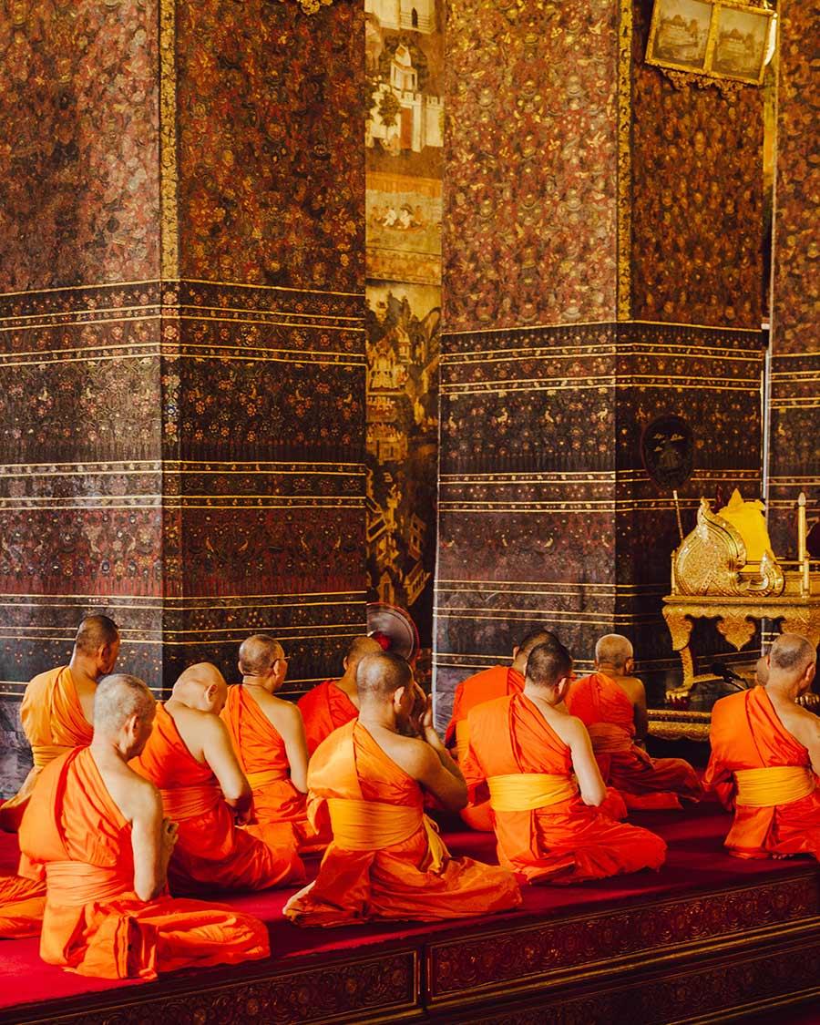 Etiquette in Thailand, heb respect voor de monniken