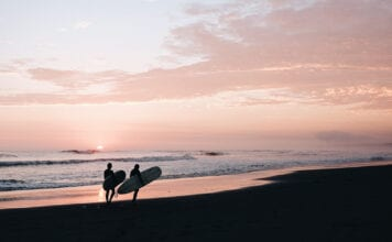 surfspots in peru