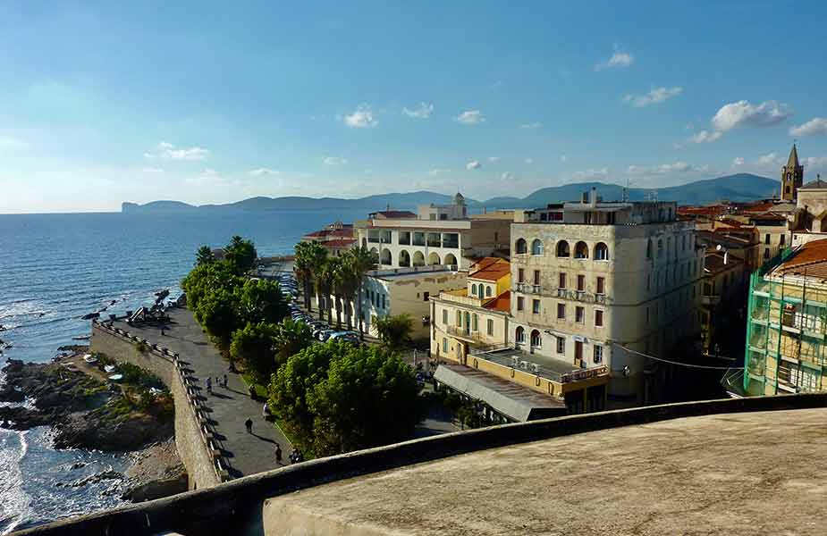 Het stadje Alghero op Sardinie