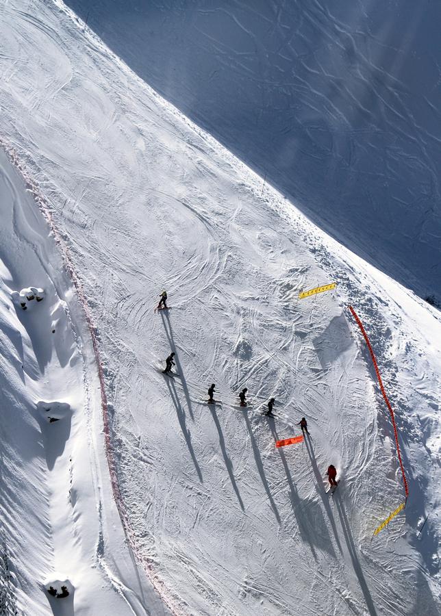 Tip voor de beginnende wintersporter: neem les. skiklasje