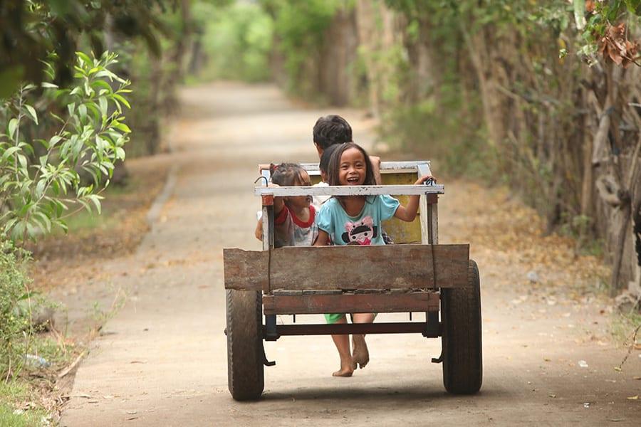 Kinderen in Gili Meno