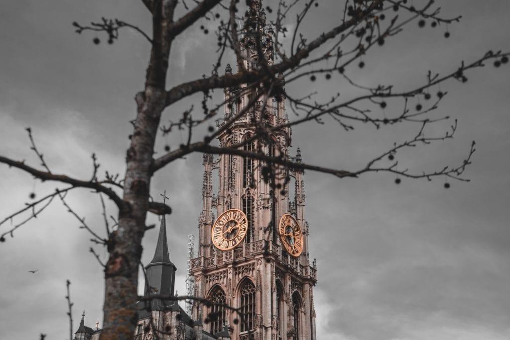 48 uur in Antwerpen, de Onze Lieve Vrouwekathedraal