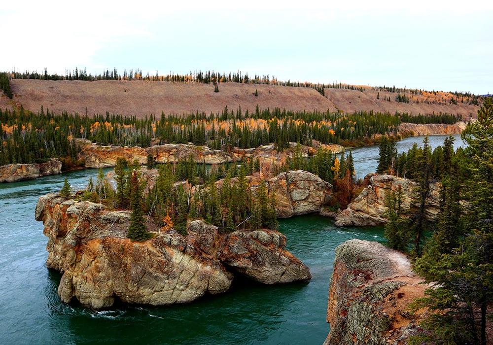 Stenen in Yukon - Daphne