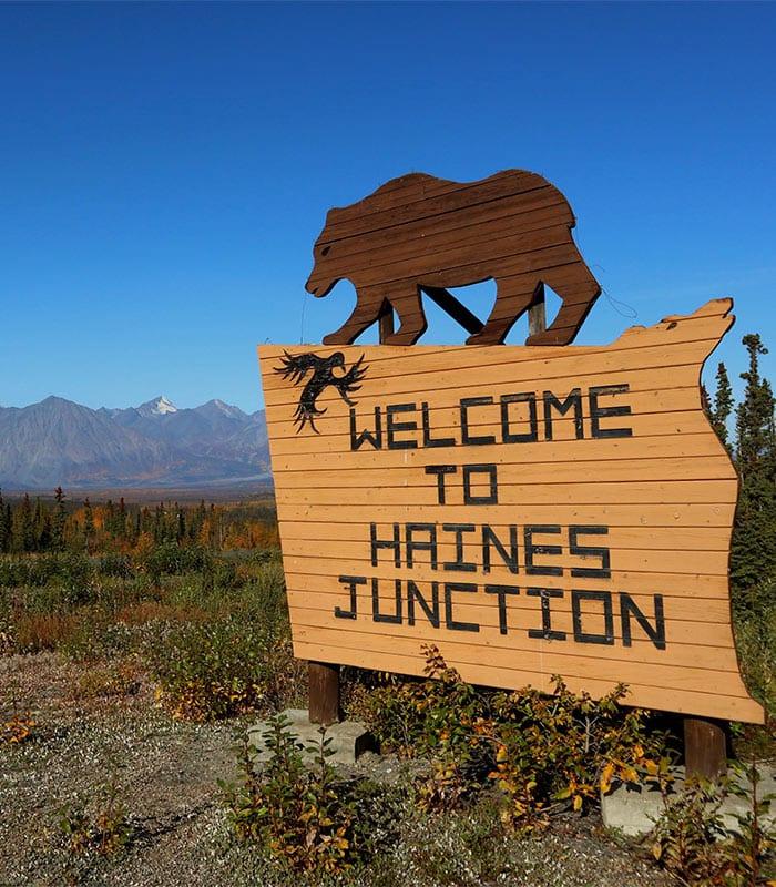 Boord in Yukon - Daphne