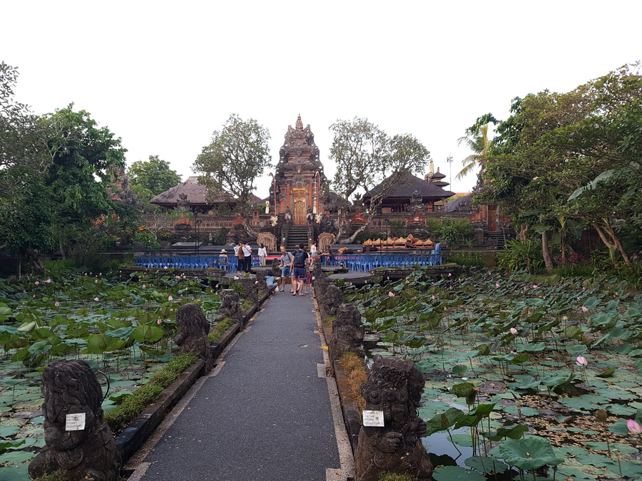 Tempels op Bali: Taman Kemude Darawati