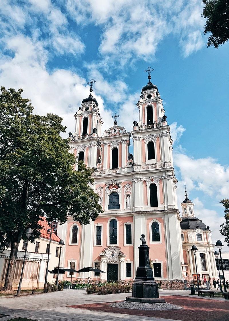 Gekleurd kerkje in Vilnius
