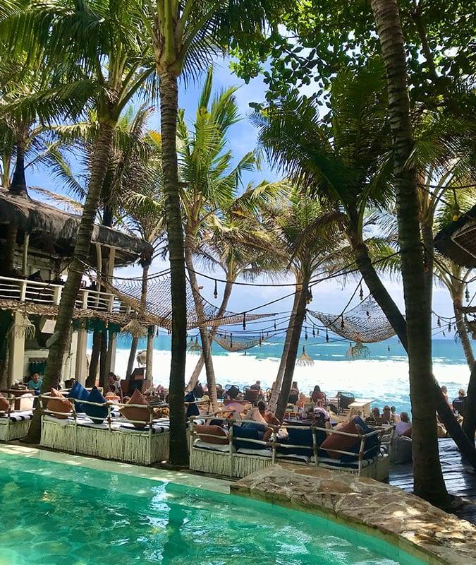 Ook een leuk restaurant op Bali: La Brisa gelegen aan het strand