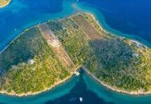 Het love island Galešnjak van boven