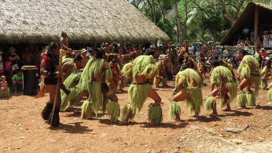 Polynesische dansers Matavaa O te Henua Enana festival haka dans