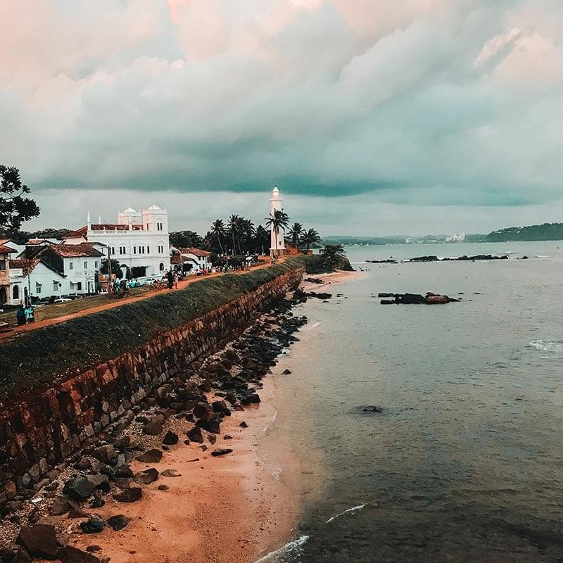 De muur van het Nederlands fort in Galle in Sri Lanka