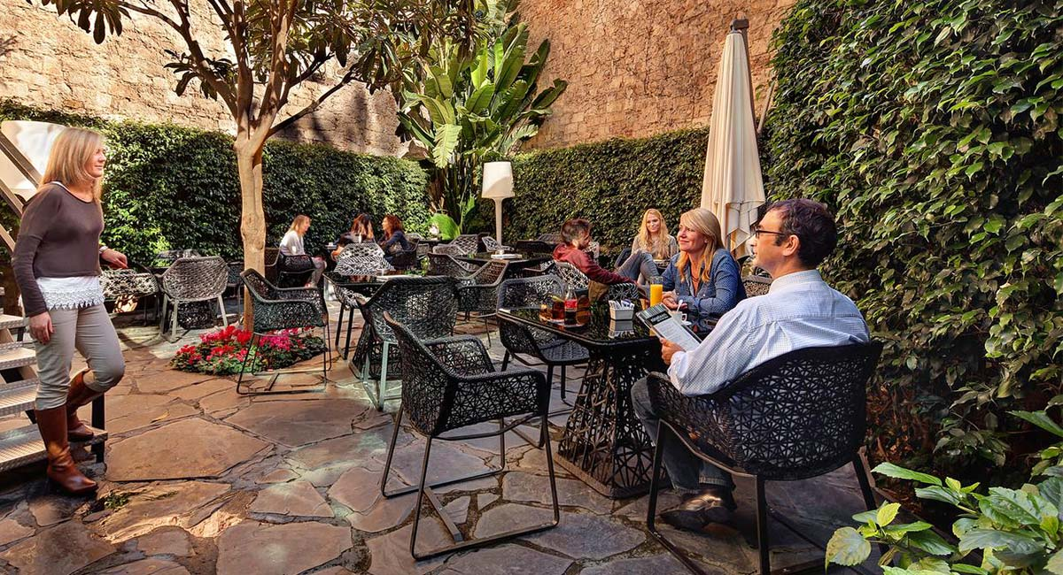 Tuin van Olivia Plaza Hotel Barcelona