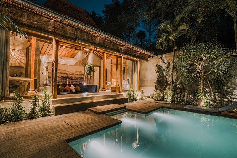 Ook een van de leukste hotels op Bali  zoals deze kamer met zwembad in het ZIN hotel