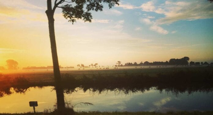 Zonsondergang bij Monnickendam