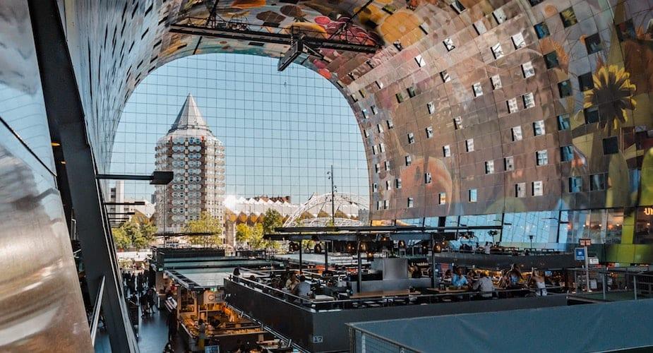 Markthal Rotterdam kunstwerk en markt