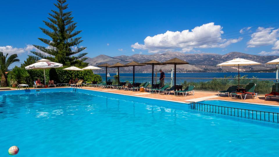 Zwembad van appartementen Apolafsi op Kefalonia