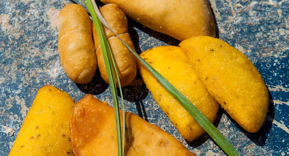 Local food curacao: de pastechi