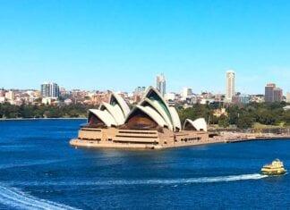 Skyline van Sydney met het Opera House
