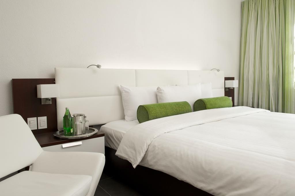 Interieur van hotelkamer Trupial  op Curacao