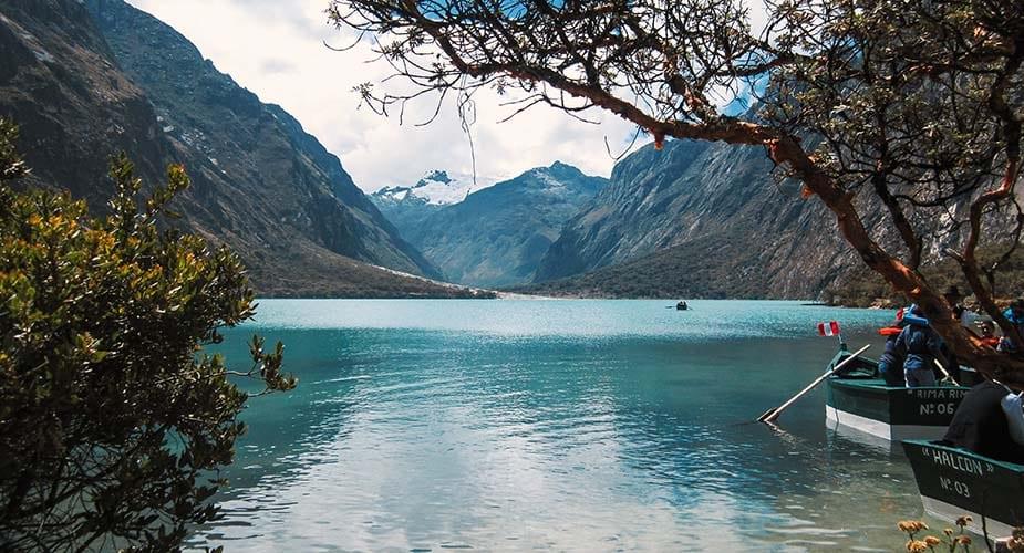 Het Llanganuco meer in Peru