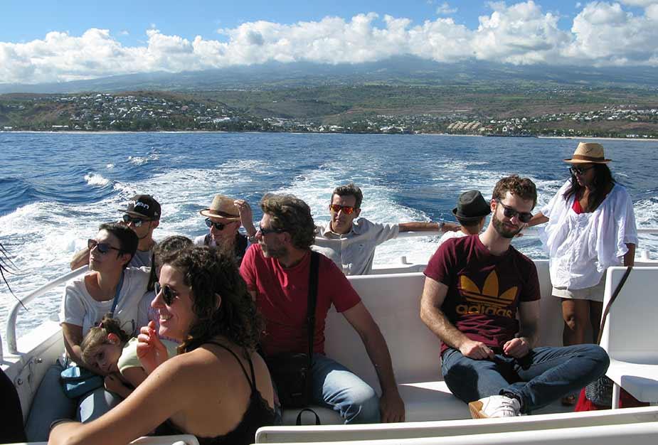 Per boot op zoek naar walvissen en dolfijnen bij La Reunion