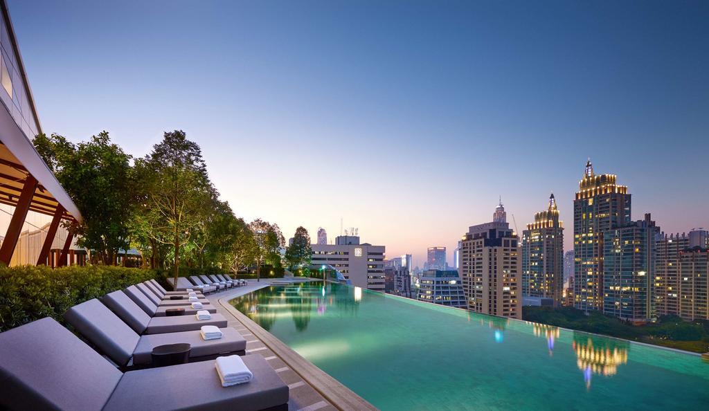 Zwembad van het Park Hyatt Hotel