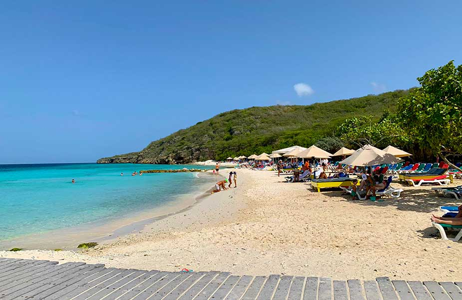 Strand van Porto Mari op Curacao