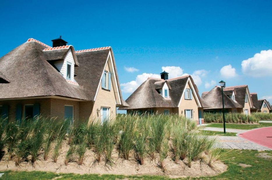 De huisjes van Resort Duijnzicht in Julianadorp