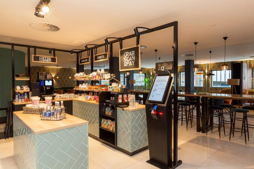 Ontbijt en coffee corner The James Rotterdam