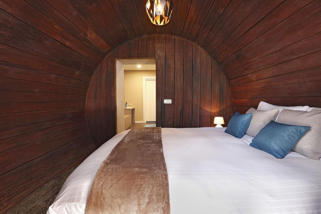 Interieur van slaapkamer in het wijnvat