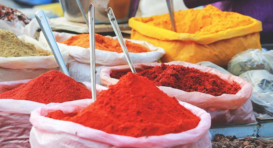 markt kleurrijke plekken in india