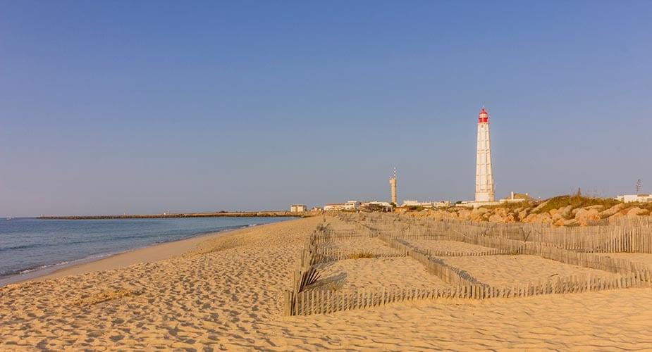 Praia do Farol mooiste stranden van de algarve