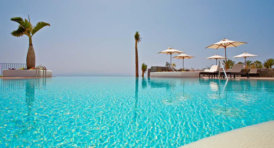 De infinity pool bij Las Terrazas de Abama