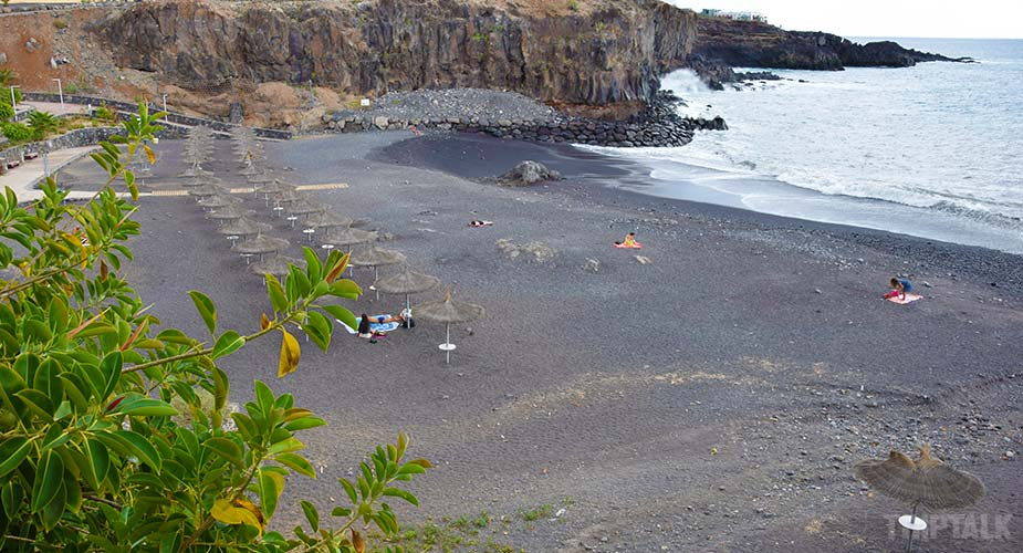 Playa Abajo bij Callao Salvaje