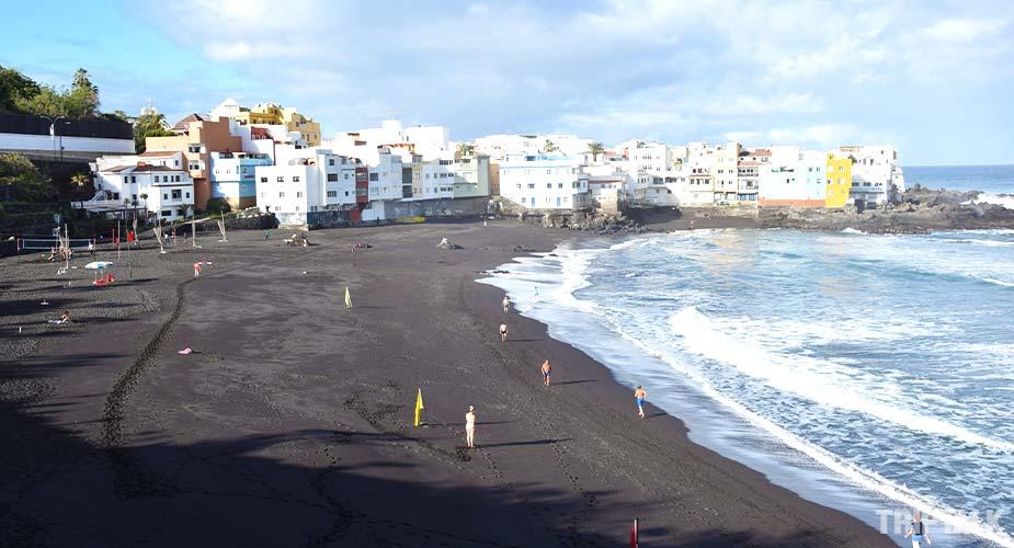 Strand Playa Maria Jimenez bij Puerto de la Cruz