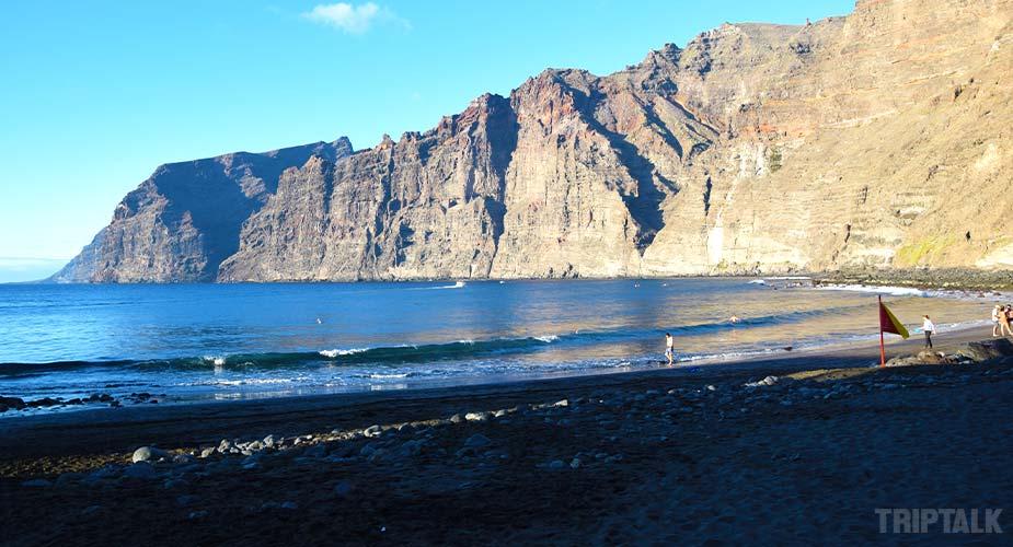 He strand van Playa Los Guios bij Los Gigantes