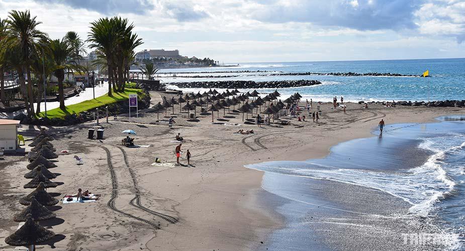 Zicht op Playa del Bobo in Playa de las Americas