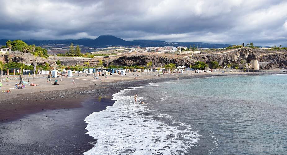 Het strand bij Playa de San Juan