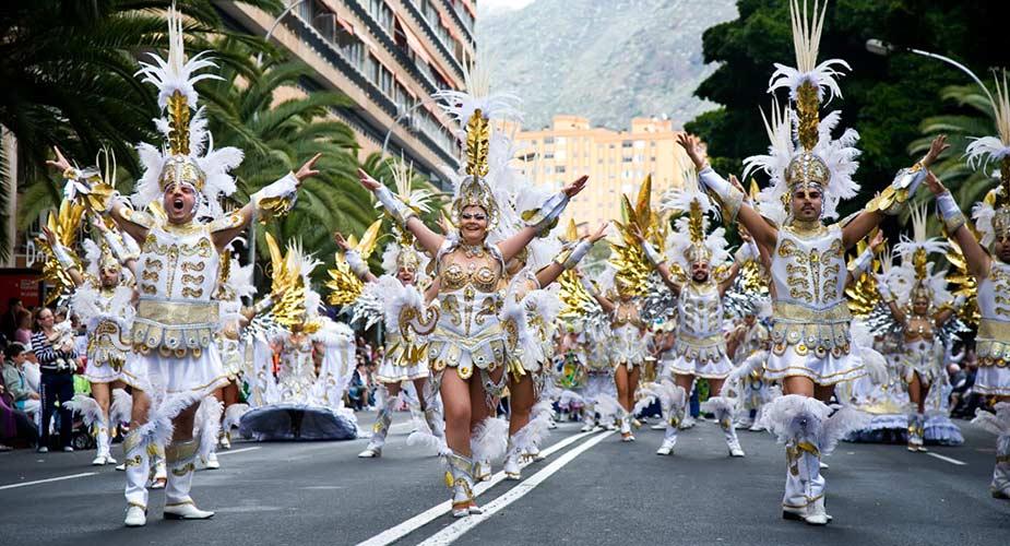 Carnavals optocht in Tenerife