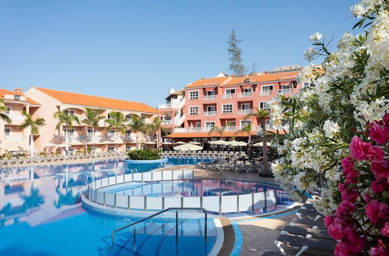 Zwembad appartementen El Duque