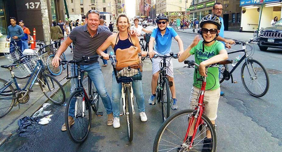 Fietsen met gezin in New York