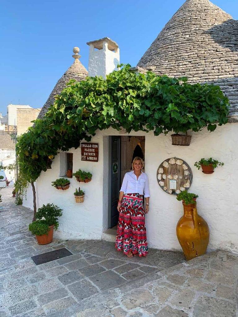 Bij een typisch huisje in Puglia