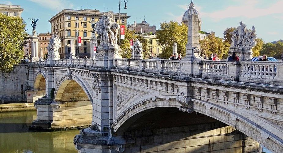 Oude brug in Rome