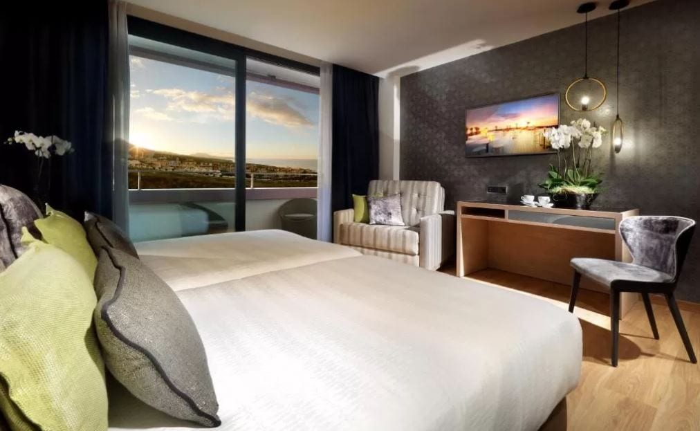 Interieur kamer van Hard Rock Hotel Tenerife