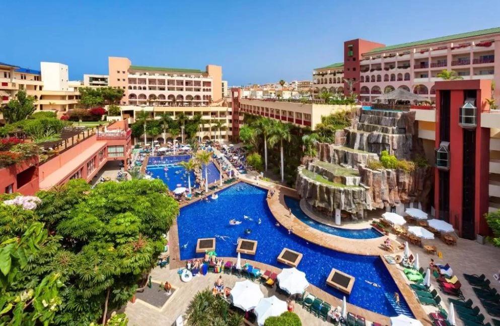 Tuin van hotel Jacaranda in Tenerife
