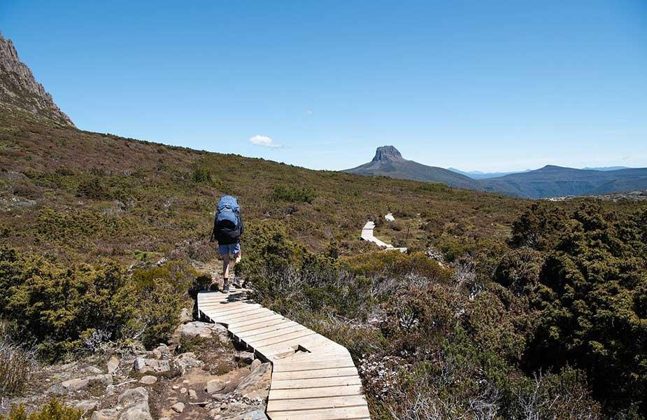 Backpacken op een trail in Tasmanie